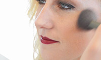 5 Minute Makeover: Burgundy Lipstick