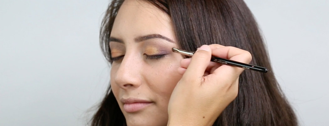 gloProfessional Rose Gold Smoky Eye Tutorial