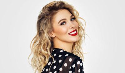 Red, White & Bombshell: Six Steps to the Perfect Fourth of July Makeup Look